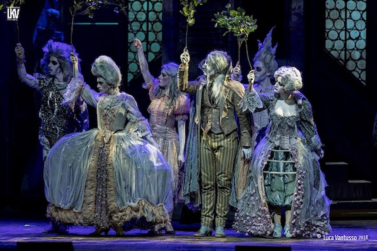 La Famiglia Addams, ritorno flash al teatro Nuovo Milano poi ancora tour