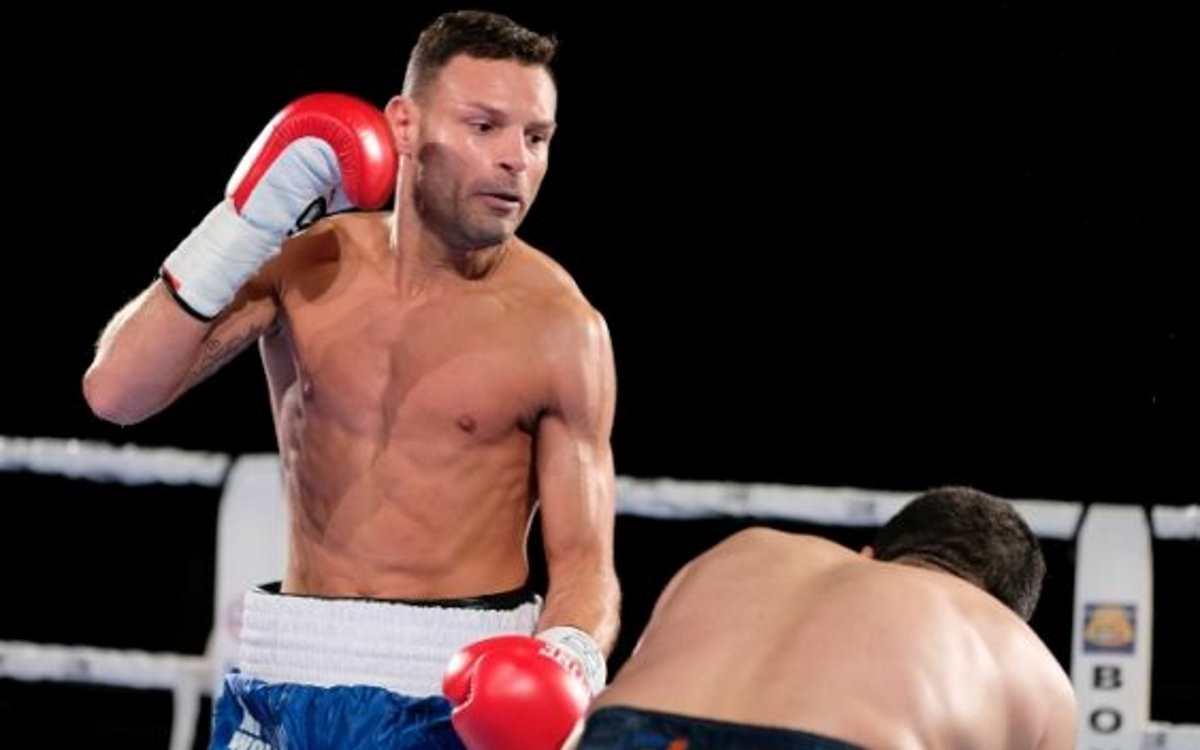 Boxe: Carmine Tommasone vs Oscar Valdez per il mondiale WBO dei piuma, diretta streaming su DAZN