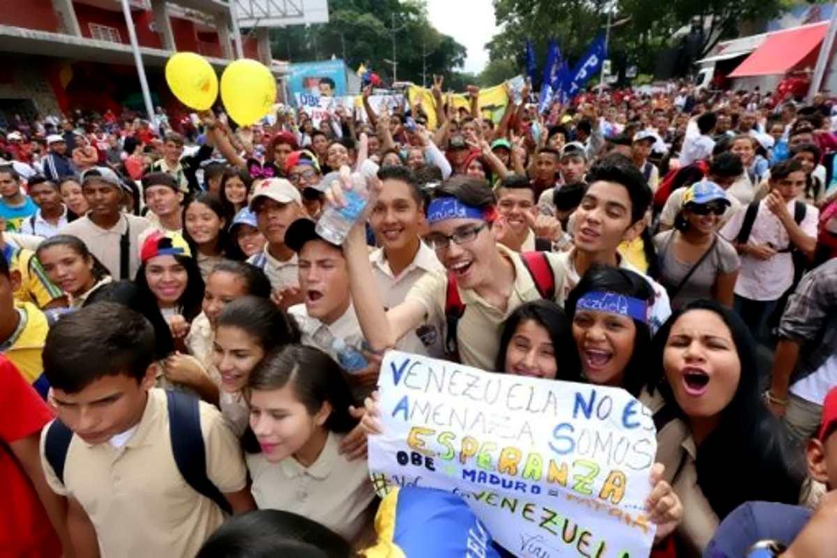 Le due anime del Venezuela in piazza per la Giornata della Gioventù