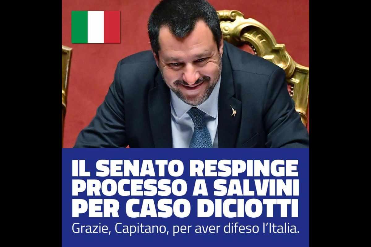 Matteo Salvini si fa assolvere dal Senato ammettendo che le sue idee non valgono nulla o che è lui a non valer nulla