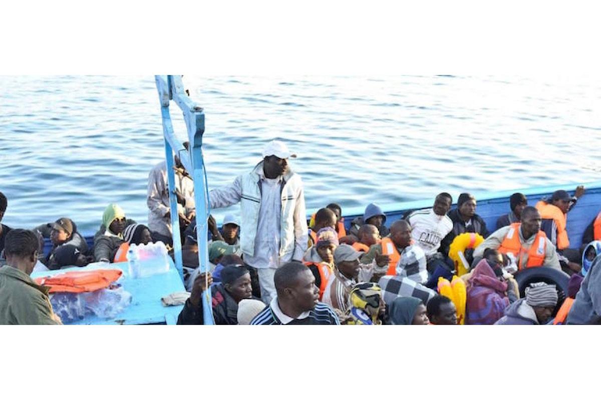 Salvini, 62 migranti a Pozzallo: li accolgano a spese del Vaticano