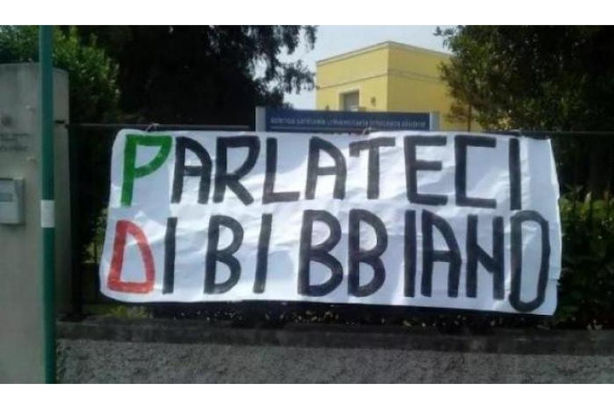 Sulla strada Bibbiano-Mosca si è persa la dignità della politica italiana