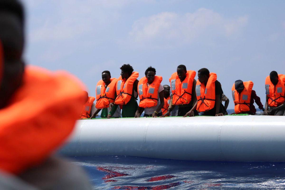 Dopo un nuovo salvataggio adesso sono 170 i migranti a bordo della Ocean Viking