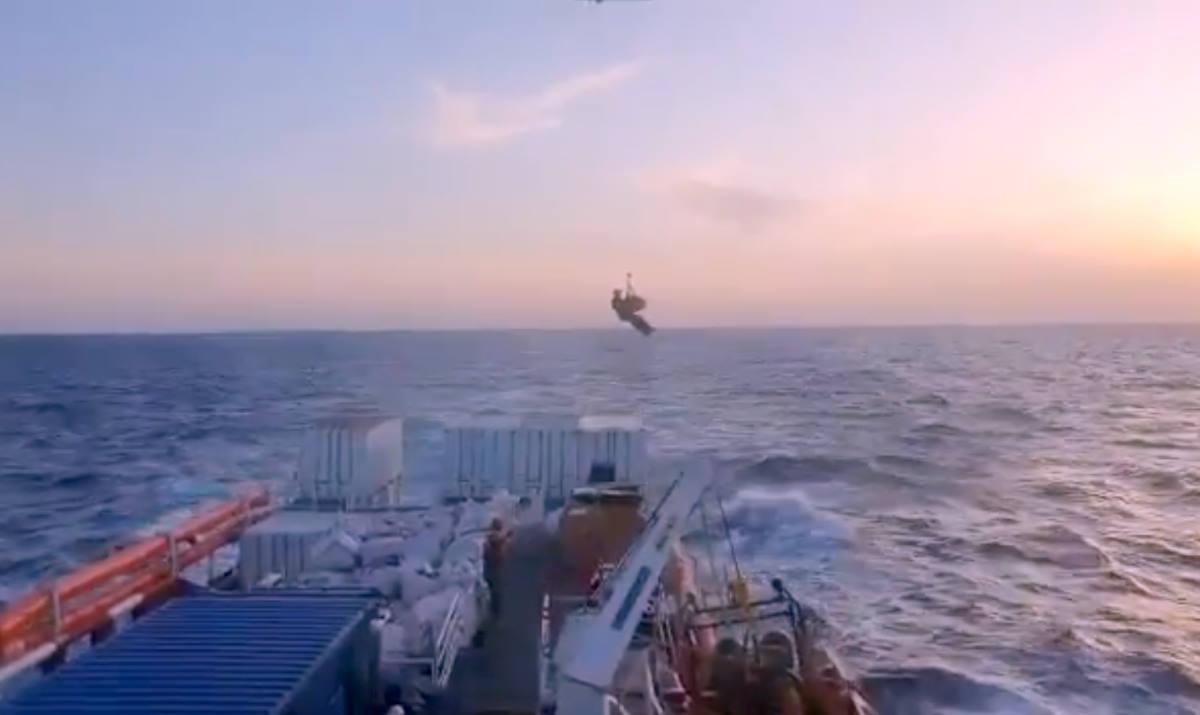 Basta respingimenti, dopo un vertice governativo Conte annuncia anche un PoS per i migranti della Ocean Viking