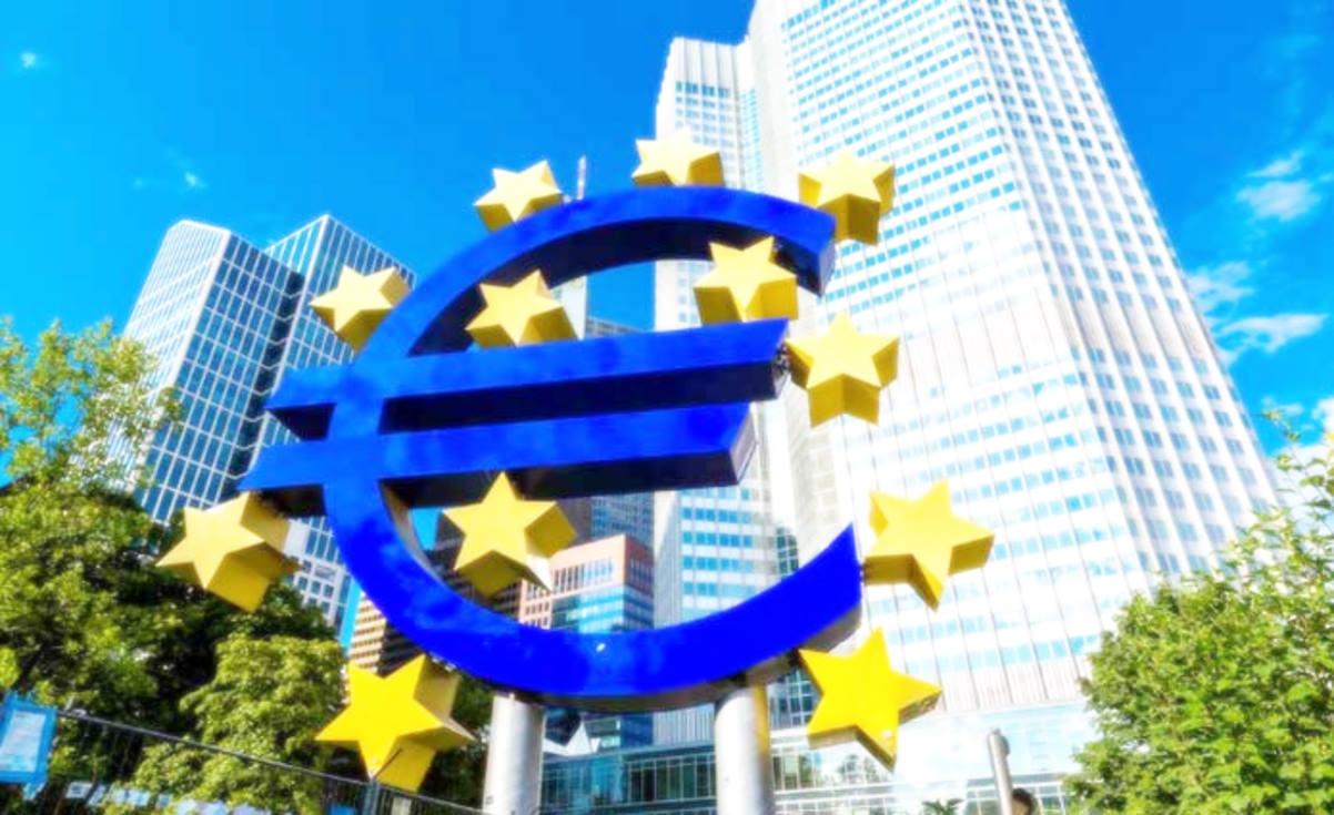 Deboli le prospettive di crescita economica per l'economia europea, mentre per Fitch il Pil dell'Italia rimarrà fermo nel 2019