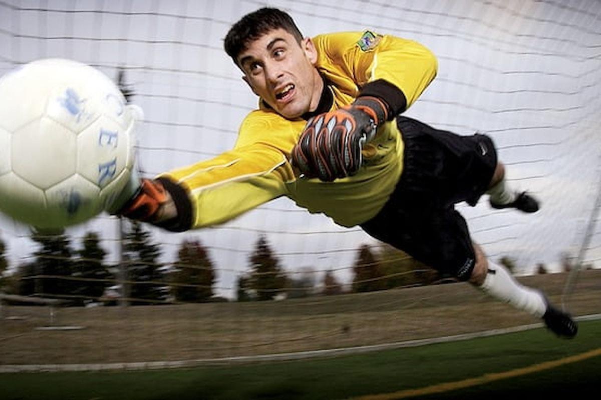 Calciatori più a rischio demenza, colpi di testa sotto accusa