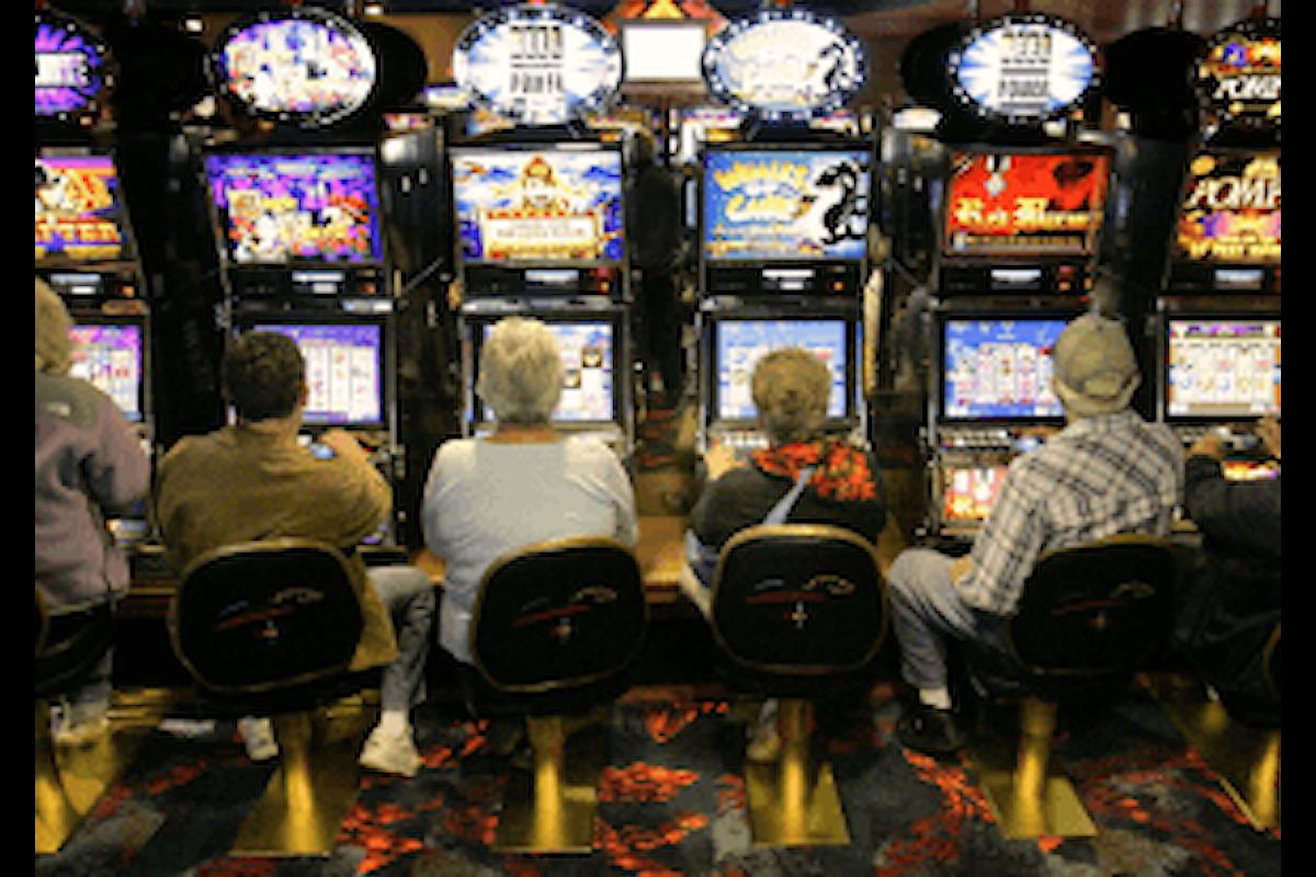 Potenza, gli anziani giocano per solitudine. Studio del sindacato dei pensionati