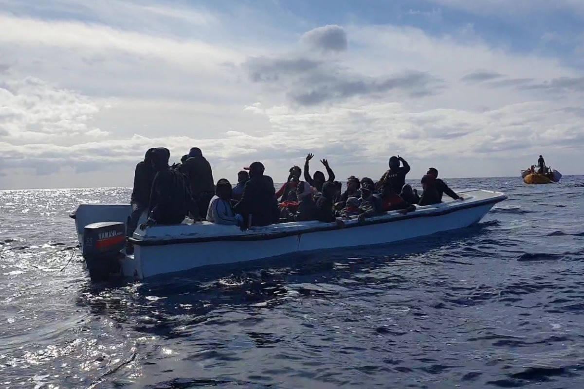 Nuovo salvataggio da parte della Ocean Viking che adesso ha a bordo 125 persone