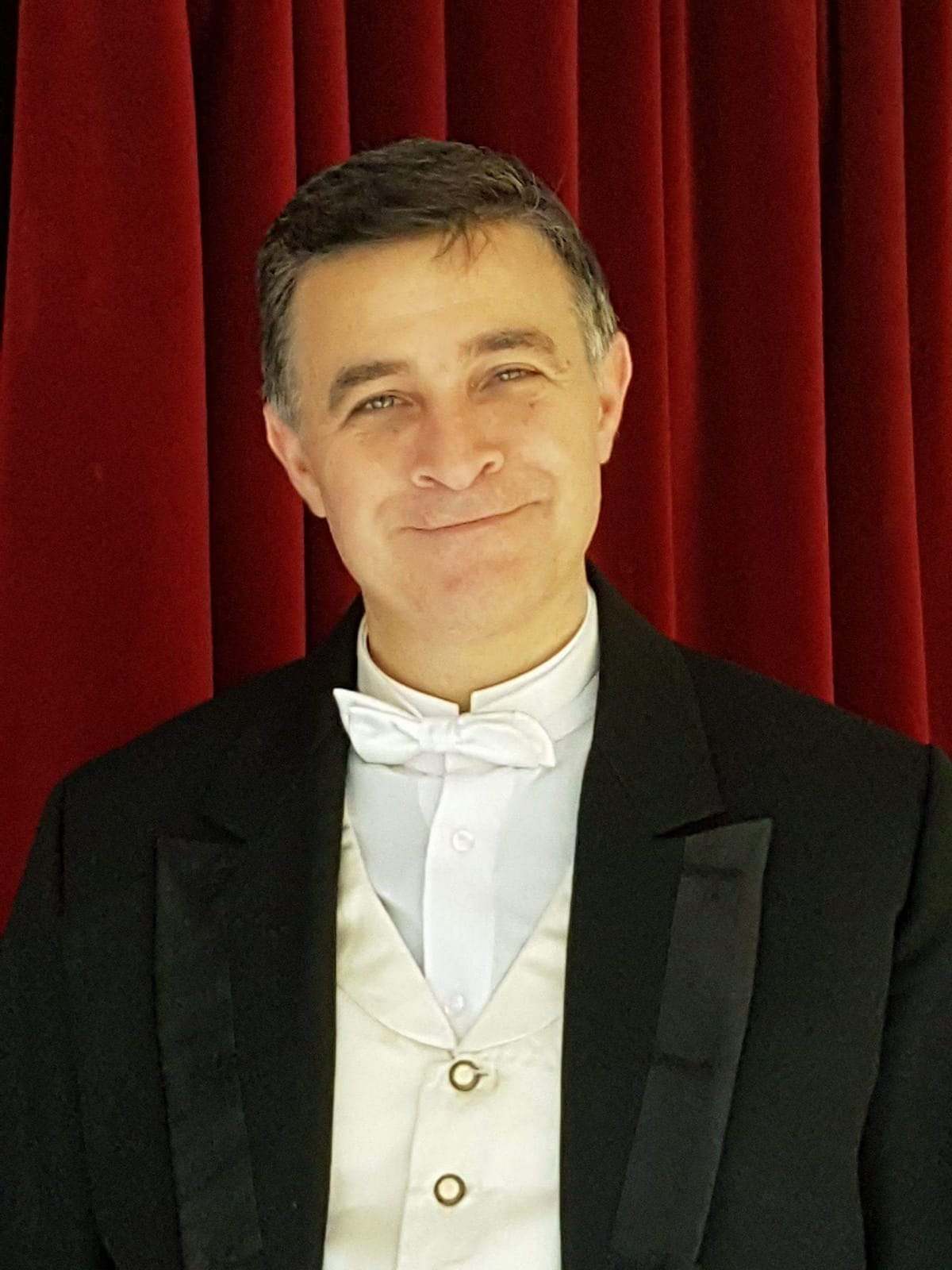 #Iorestoacasa #Iocantoacasa: le Arie Antiche, appuntamento con il tenore Luca Lupoli
