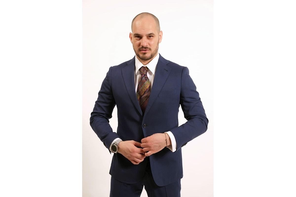 In confidenza con l'attore Vincenzo Della Corte