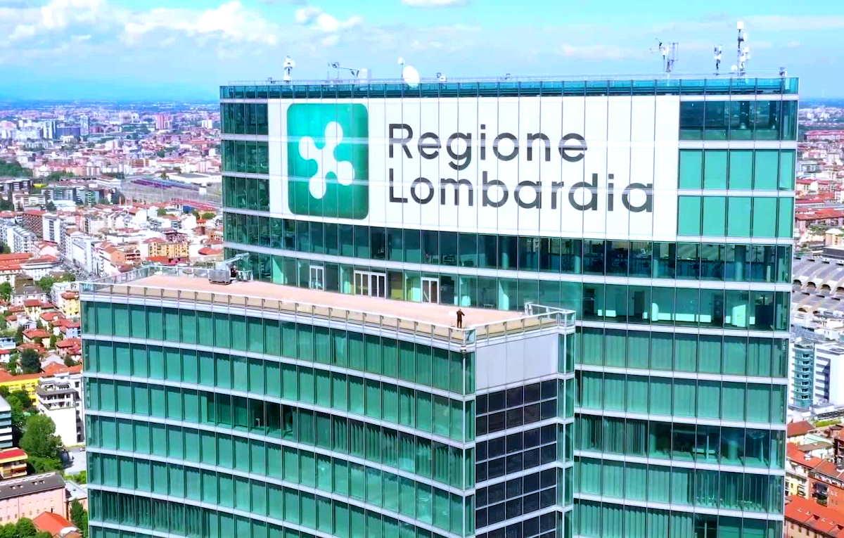Nella donazione di Dama alla regione Lombardia avrebbe avuto un ruolo anche il presidente Fontana