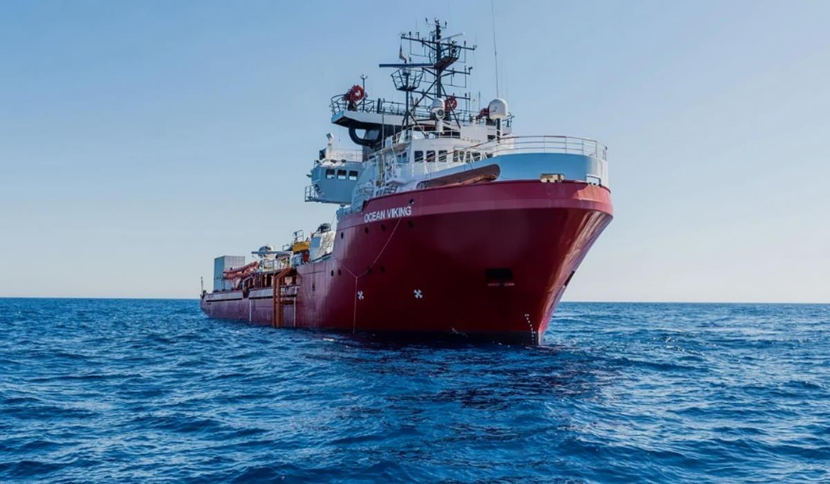 3 luglio, il nuovo appello della Ocean Viking per sbarcare i 180 sopravvissuti a bordo