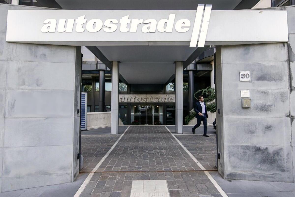 Autostrade: i Benetton promettono di farsi da parte ed il Governo, per ora, rinuncia alla revoca della concessione