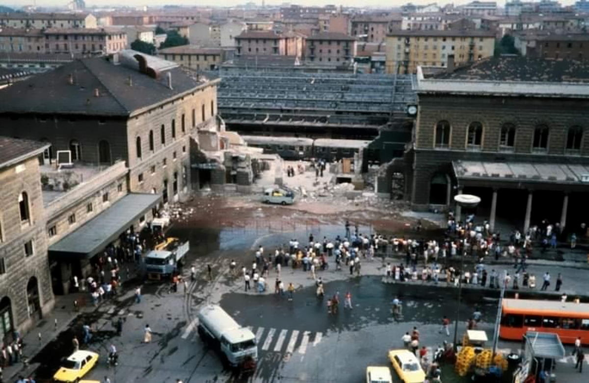 2 agosto 1980, 40 anni dalla strage di Bologna che le destre vogliono dimenticare