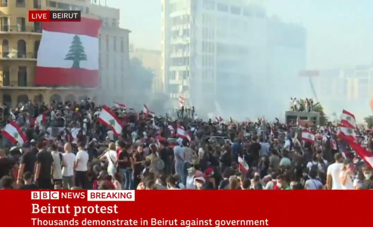 Libano, sabato nuove proteste e scontri a Beirut