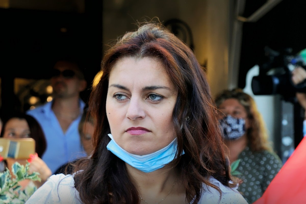 Susanna Ceccardi saluta l'amata Toscana e vola verso l'odiata Europa