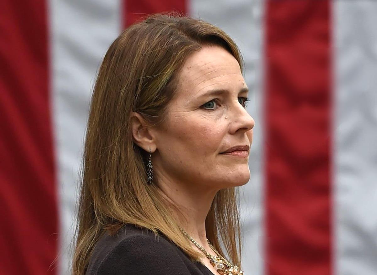 Amy Coney Barrett ovvero come una fanatica potrebbe diventare giudice della Corte Suprema degli Stati Uniti