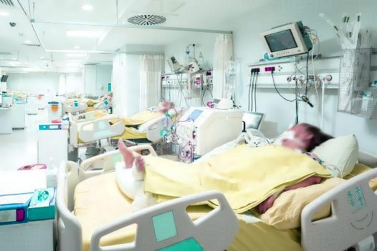 Covid al 5 ottobre: diminuiscono i tamponi e anche i casi, ma non i ricoveri anche in terapia intensiva