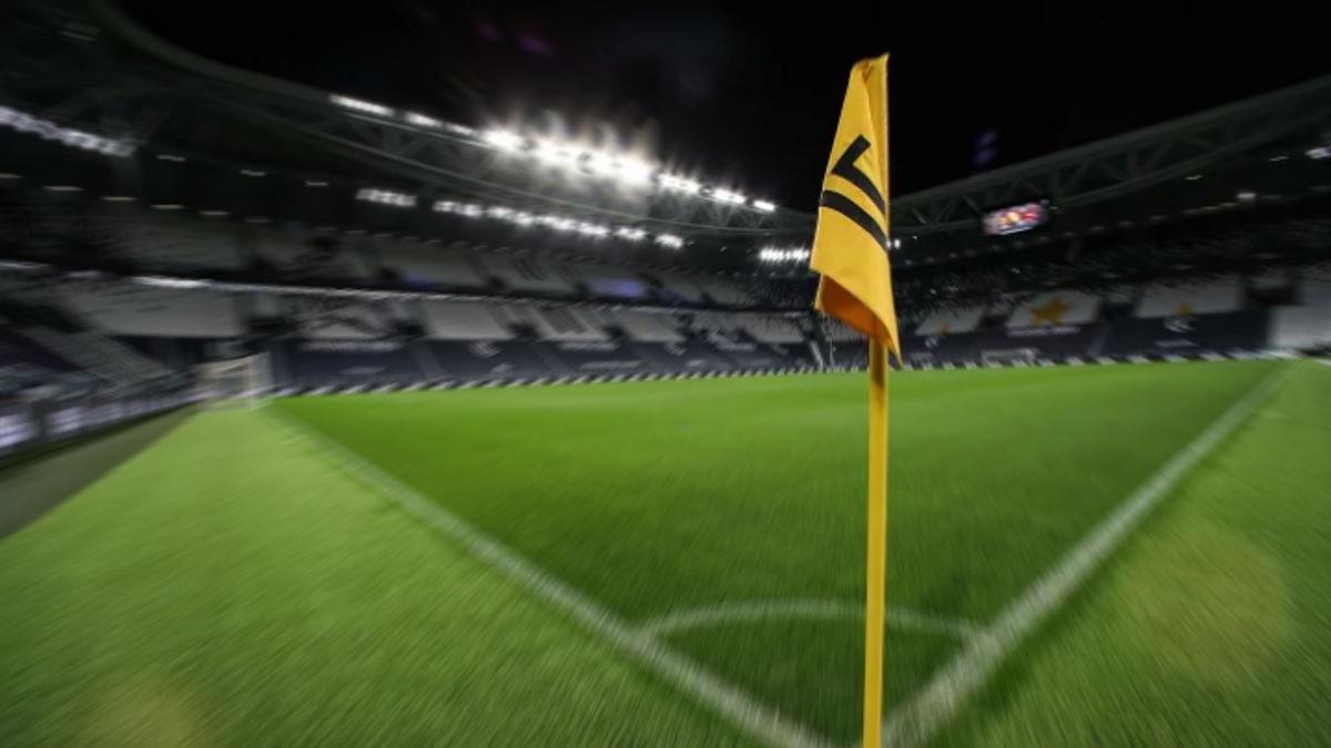 Il giudice sportivo ha deciso: vittoria alla Juventus per 3-0 ed 1 punto di penalizzazione al Napoli. Questo il motivo...