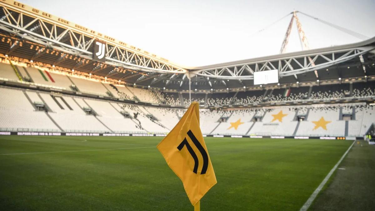 La Asl blocca gli azzurri in partenza per Torino e mette a rischio Juventus-Napoli