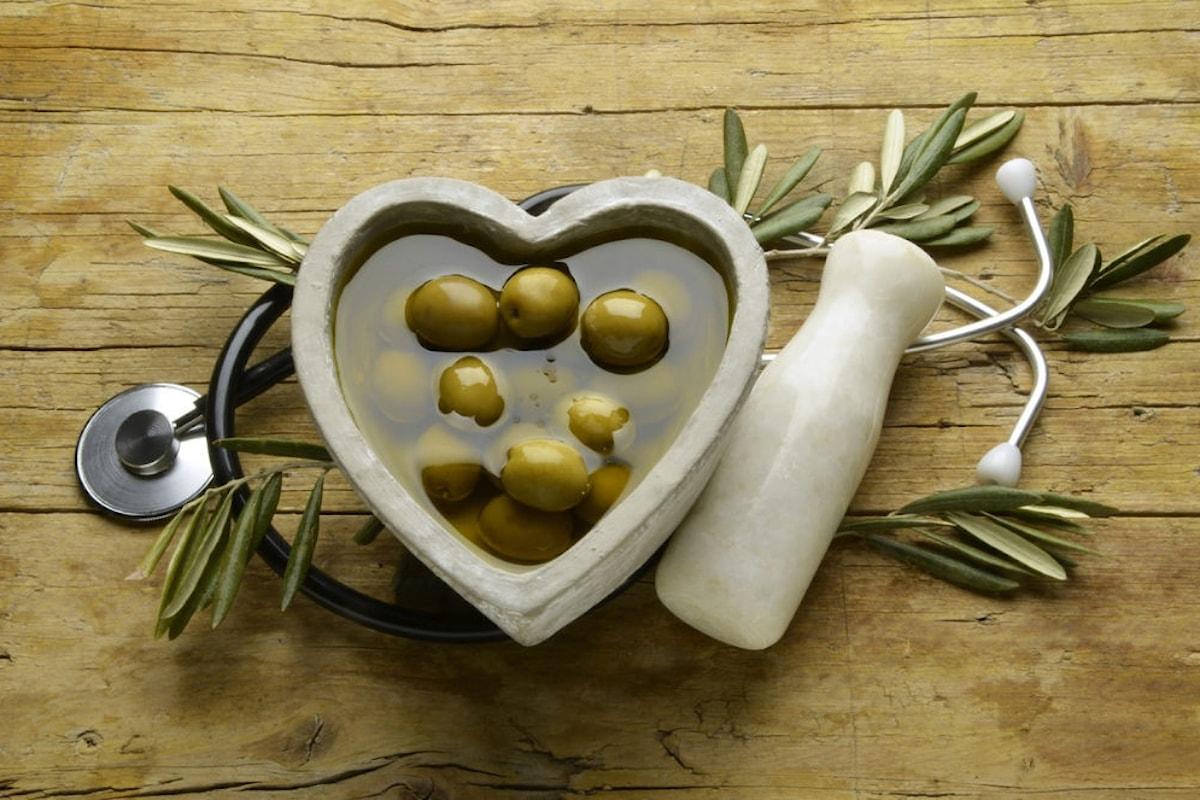 Olio extravergine d'oliva: quali sono gli effetti benefici per la nostra salute?