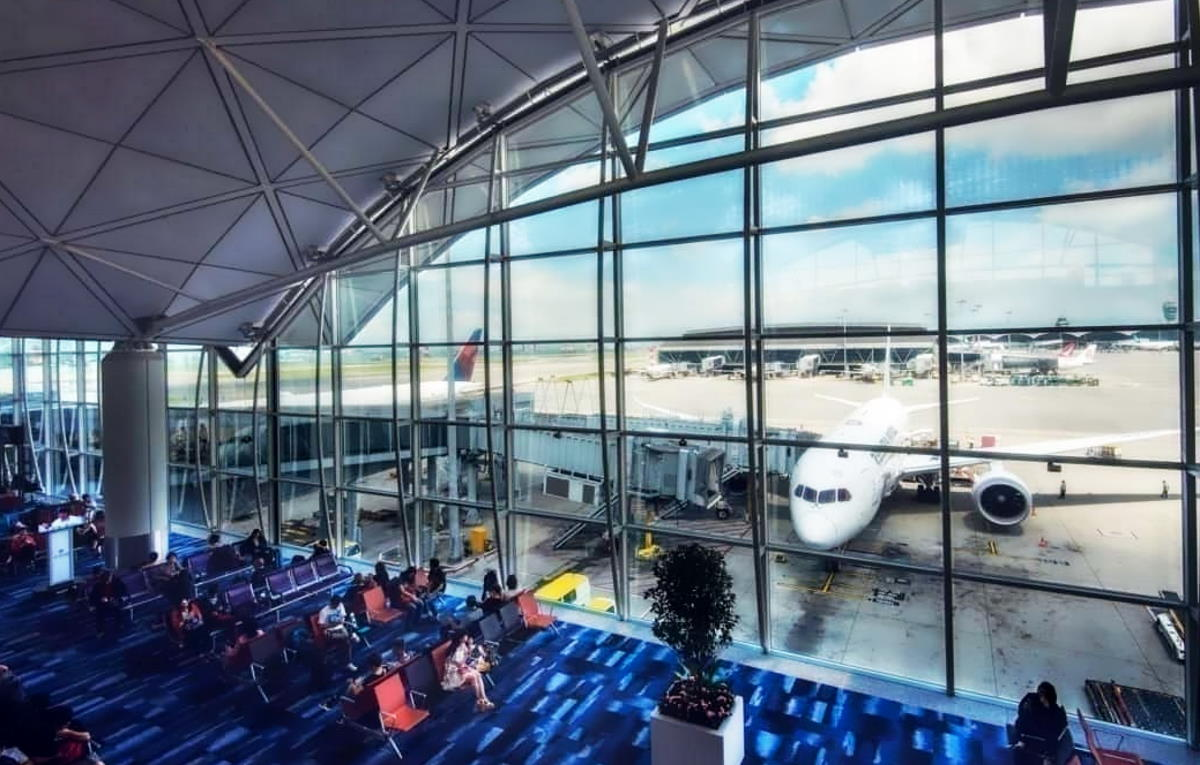Nuova ordinanza del Ministro Speranza: bloccati i voli dalla Gran Bretagna e test per coloro che sono già giunti in Italia