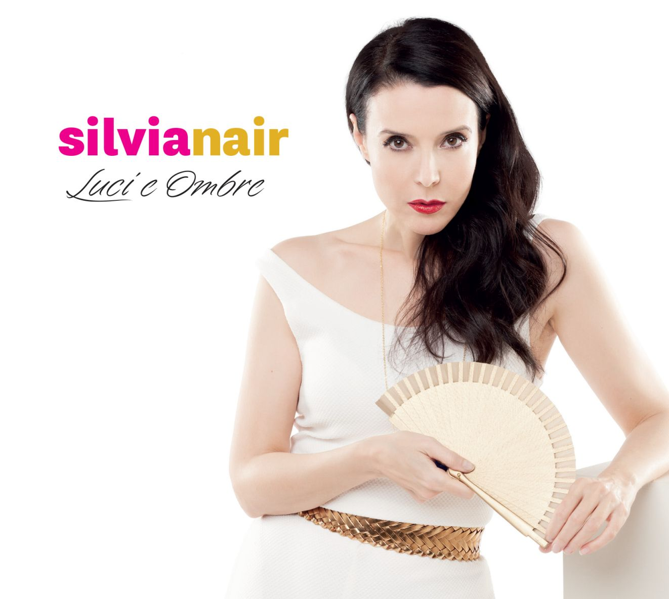 LUCI E OMBRE, speciale appuntamento natalizio piano e voce: Silvia Nair ore 21 diretta streaming