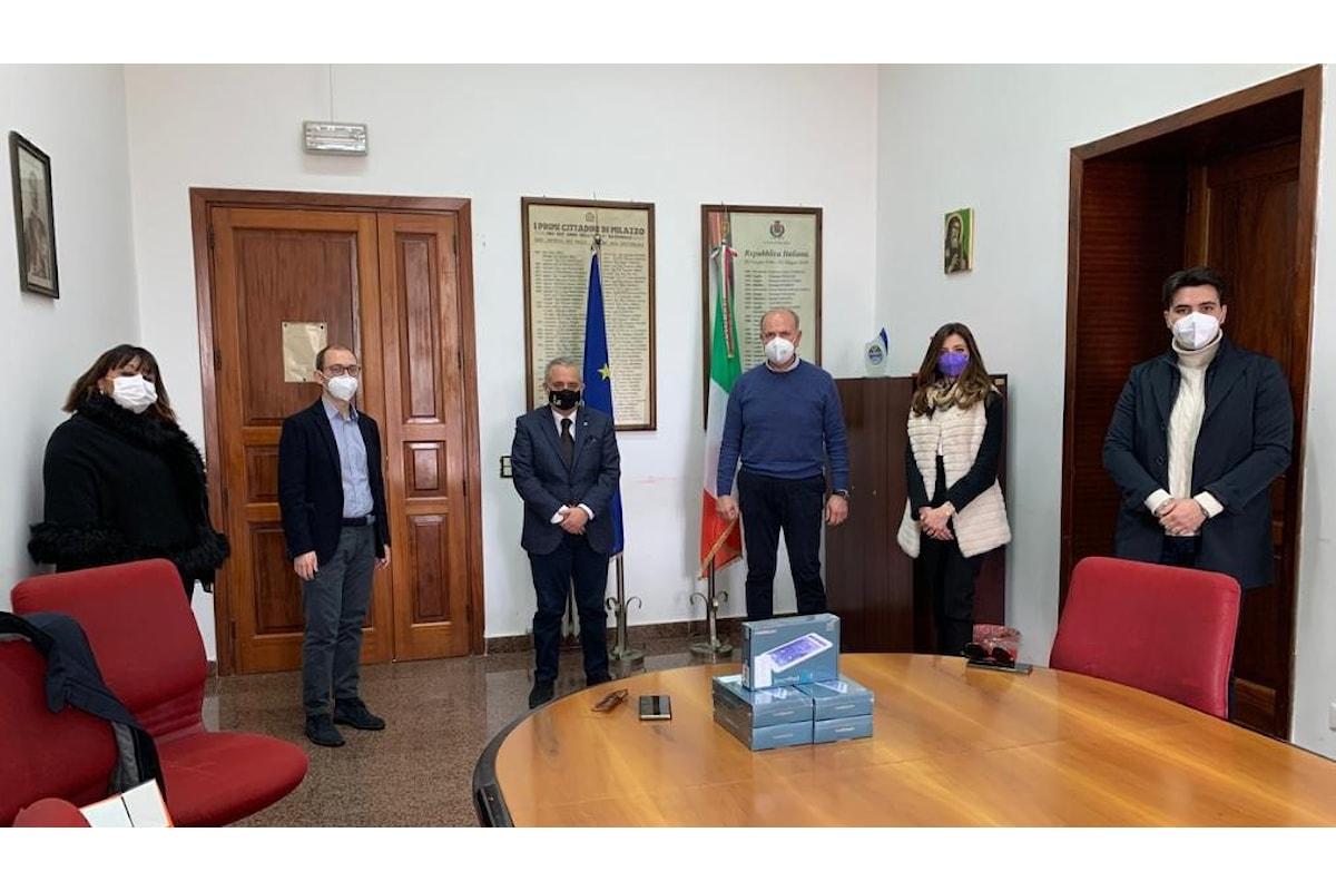 Milazzo (ME) – Lions club dona cinque tablet a studenti bisognosi