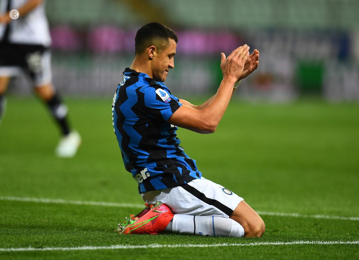 L'inter passa 2-1 a Parma e adesso è a +6 dal Milan