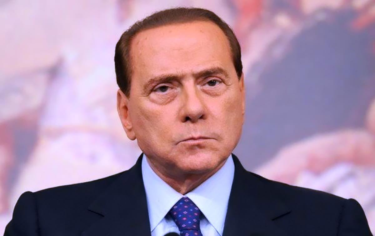 Ruby ter: il tribunale di Siena rinvia nuovamente la sentenza a causa dell'ennesimo ricovero in ospedale di Silvio Berlusconi