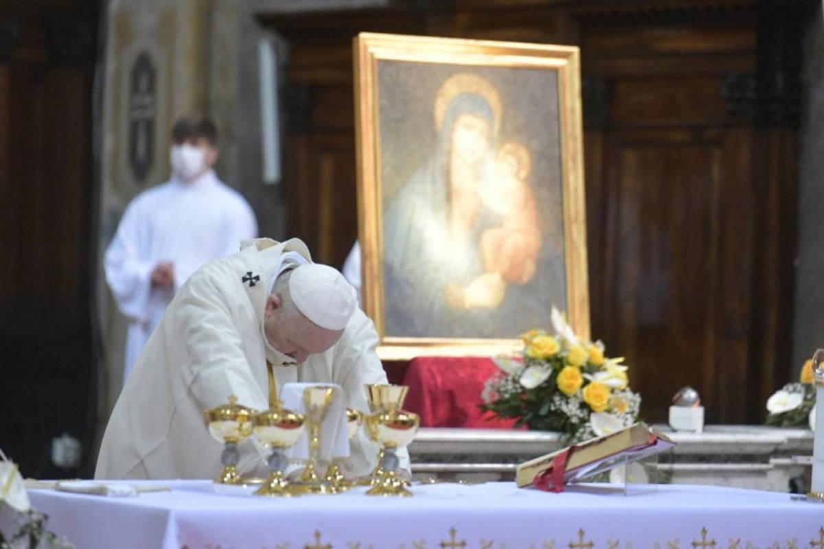 Papa Francesco: non pretendere il diritto di proprietà non è comunismo, è cristianesimo allo stato puro