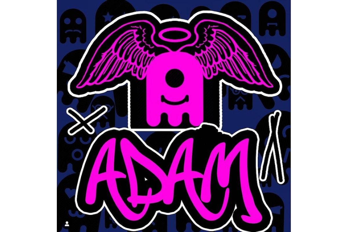 Lo Street Artist Mr.O (@projectmistero) mette in vendita per beneficenza un'opera dedicata ad Adam Toledo, ucciso a soli 13 anni negli Stati Uniti