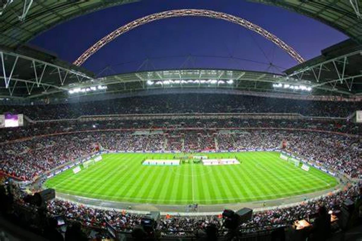 Le fasi finali di Euro 2020 rimarranno a Wembley che aumenterà anche il numero di spettatori che potranno accedere allo stadio