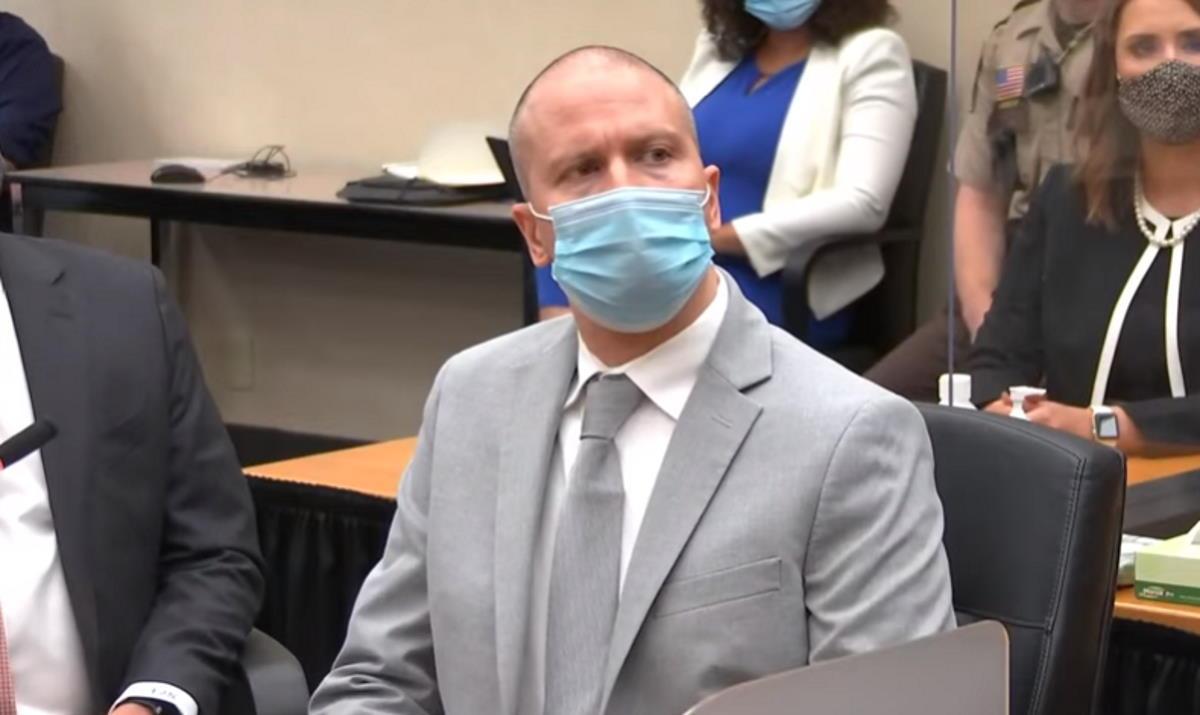 22 anni e sei mesi la condanna inflitta a Derek Chauvin per l'omicidio di George Floyd