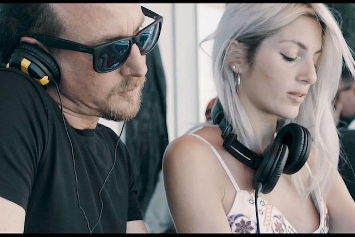 La dj Georgia Mos in console con Gabry Venus @ Sale, Fish and Spirits - Fiumicino il 24 luglio