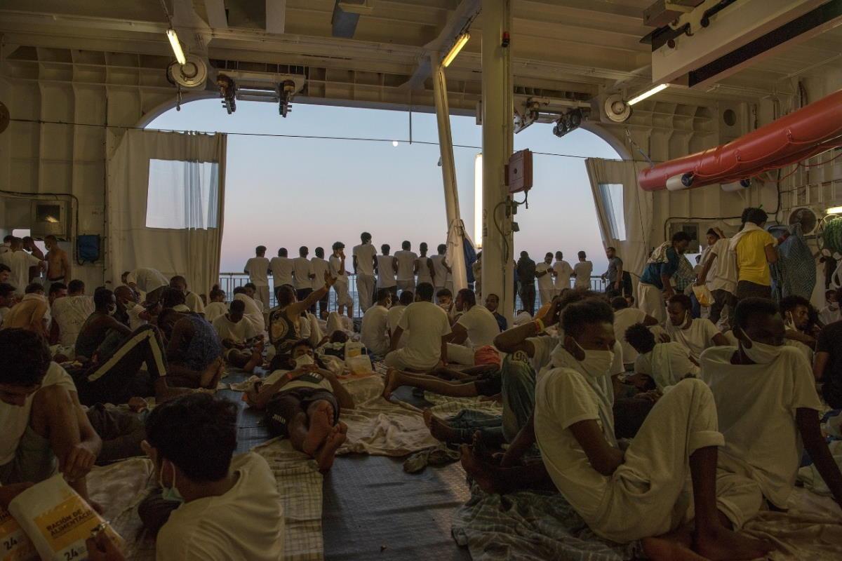 Ancora in attesa di un PoS i 322 migranti a bordo della Geo Barents
