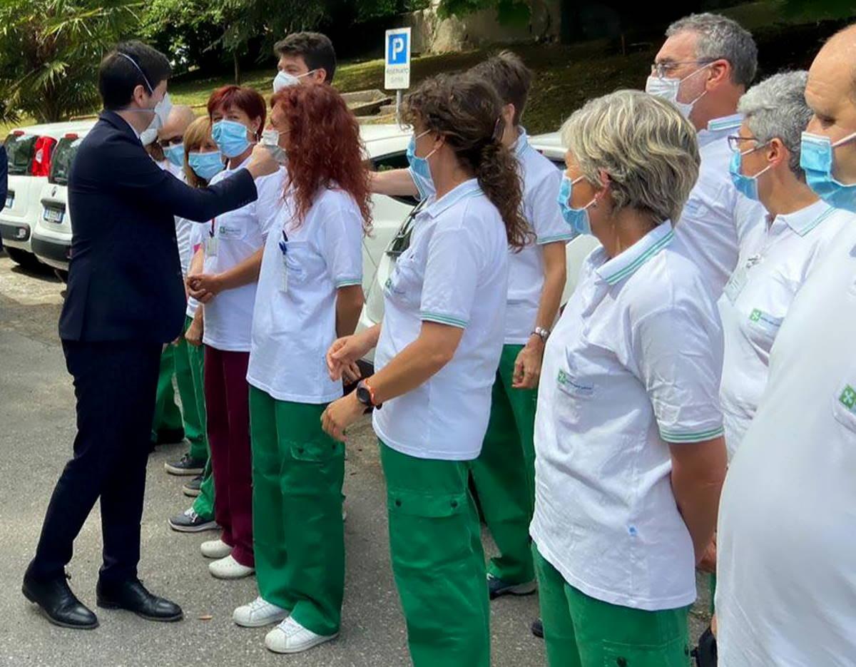 Speranza: Oggi in Italia superiamo il 70 per cento di persone vaccinabili che hanno avuto almeno la prima dose