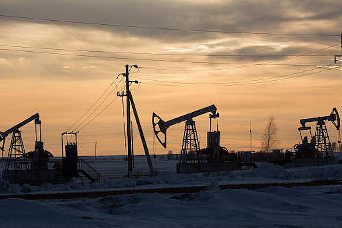 Petrolio, una settimana da incubo con un brusco calo di prezzo