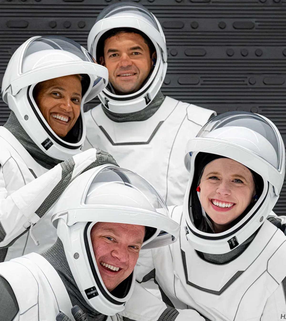 In diretta il lancio della missione spaziale Inspiration4 con a bordo solo astronauti non professionisti