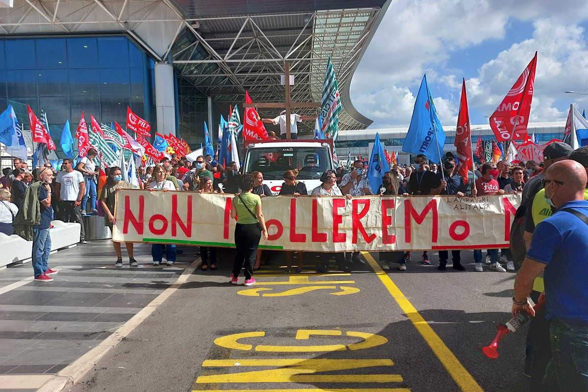 Alitalia scompare... e i suoi dipendenti?