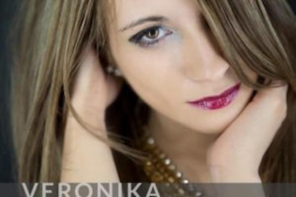 """Veronika, """"Meglio Sola"""" è il singolo estivo della cantautrice veneta finalista di area sanremo 2018"""