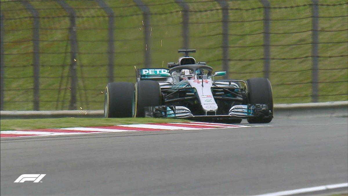 Hamilton davanti a Raikkonen nelle prime libere in Cina
