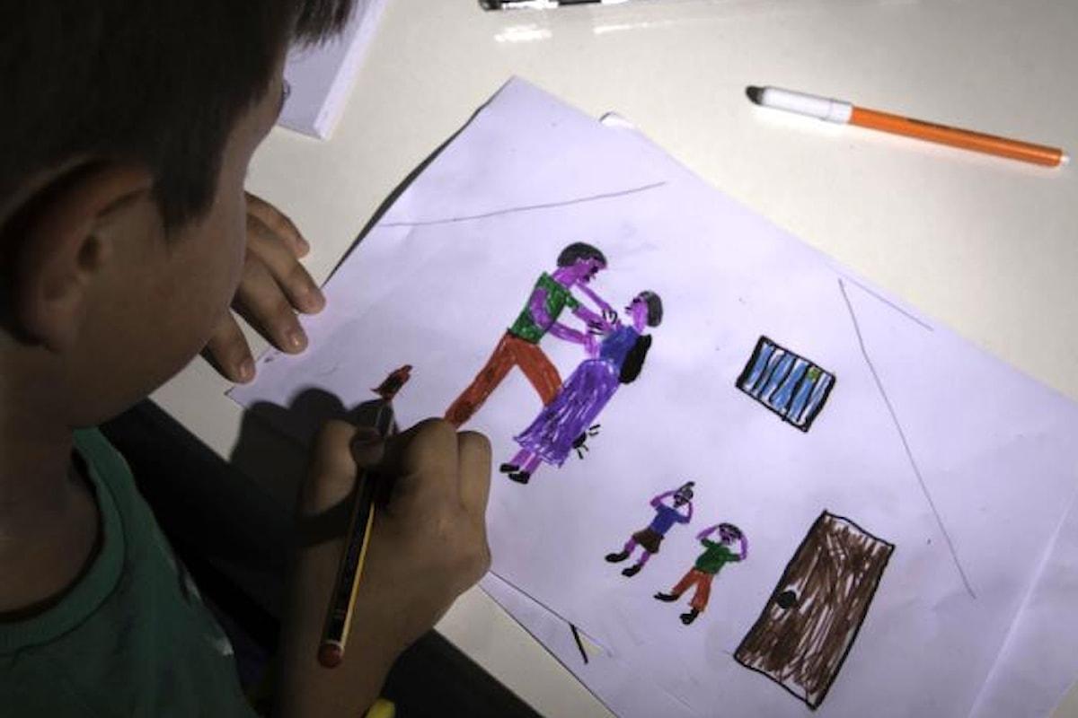Save the Children: in soli 5 anni in Italia 427 mila bambini testimoni diretti o indiretti di maltrattamenti in casa