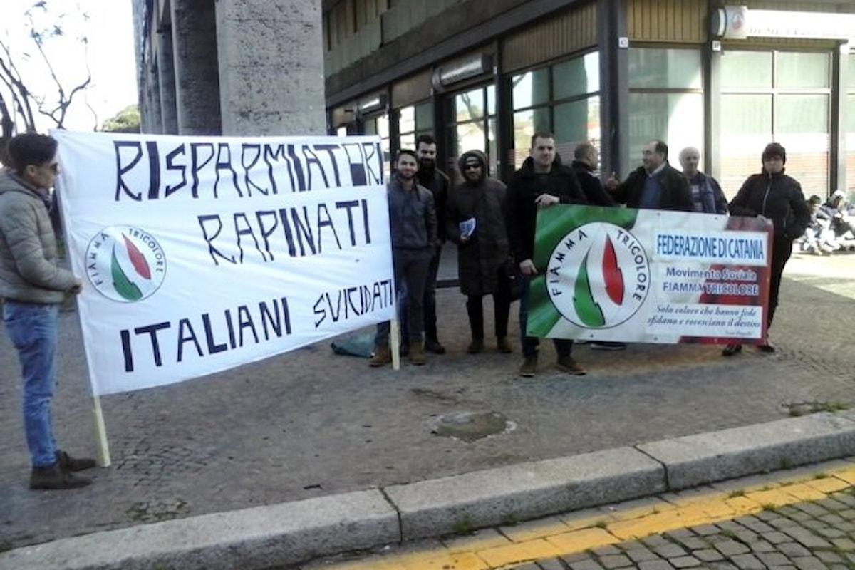 Sit-in di Fiamma Tricolore in difesa dei risparmiatori.