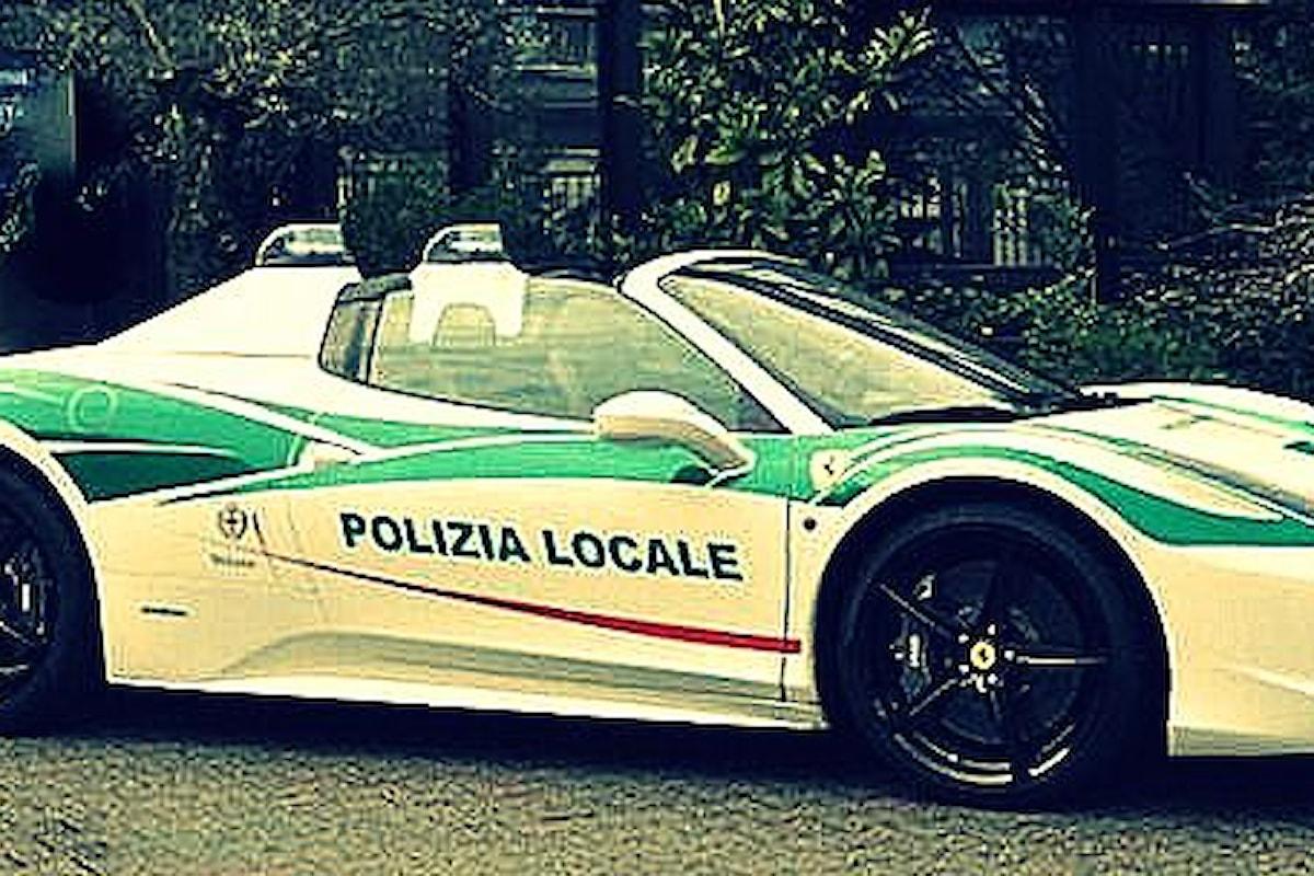 Prete ubriaco sfreccia per Ferrara. Vigili in Ferrari di MALAVITOSI a Milano... e Donald Trump