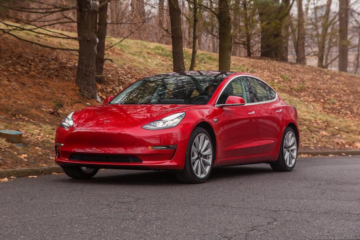 Il futuro (e il presente) dell'auto? Tesla Model 3!
