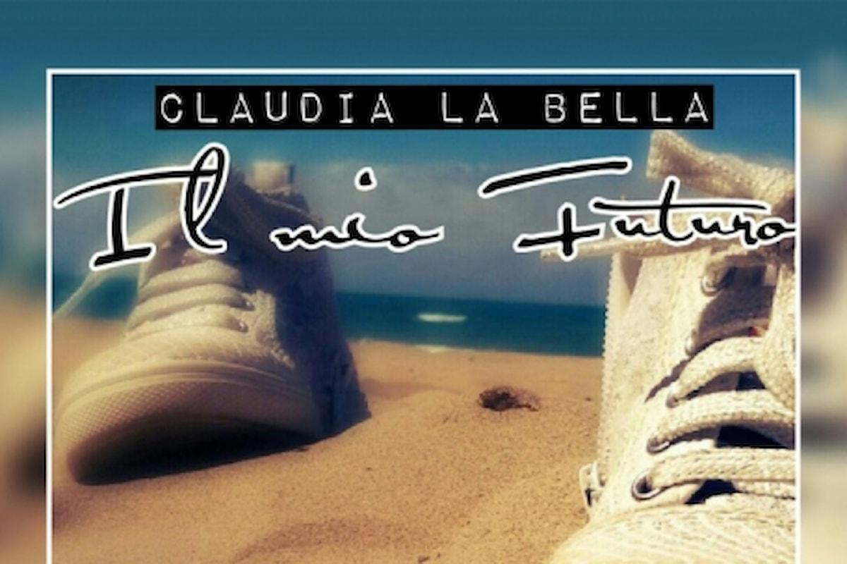 Claudia La Bella torna ad incantare il pubblico con il nuovo singolo.