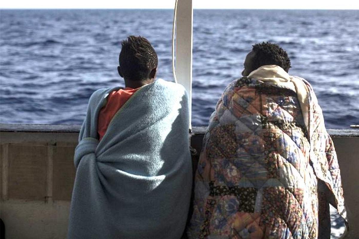 Questione migranti: il premier Conte assolve l'Italia, Amnesty la condanna insieme all'Europa