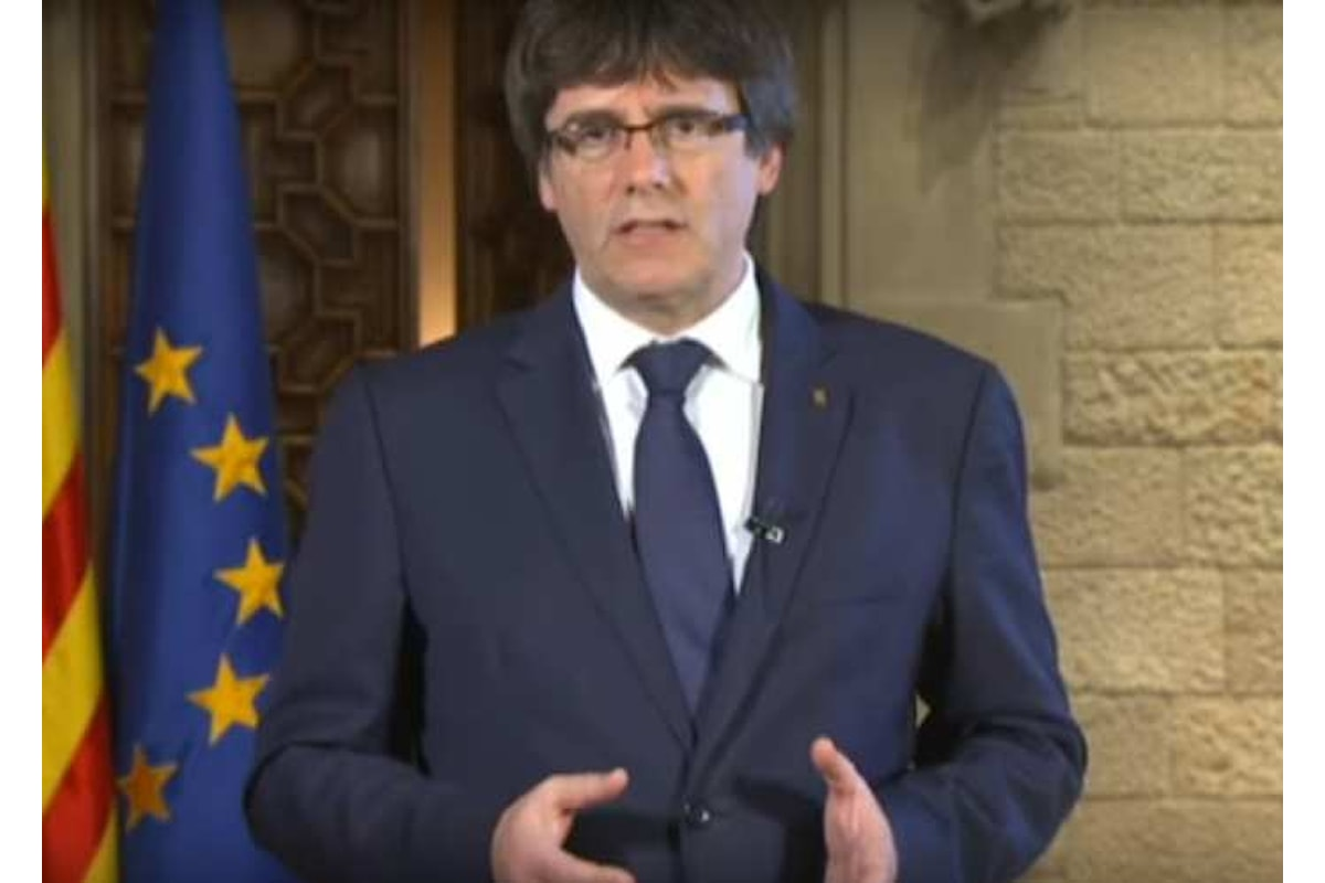 Puigdemont: da Rajoy il peggior attacco alla Catalogna dai tempi di Francisco Franco