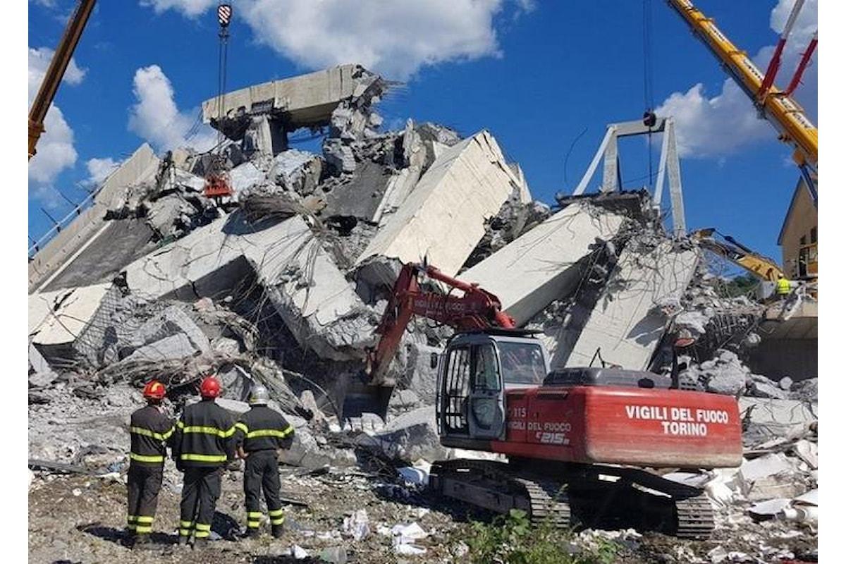Crollo viadotto sul Polcevera, proseguono le operazioni di soccorso a Genova: siamo al terzo giorno